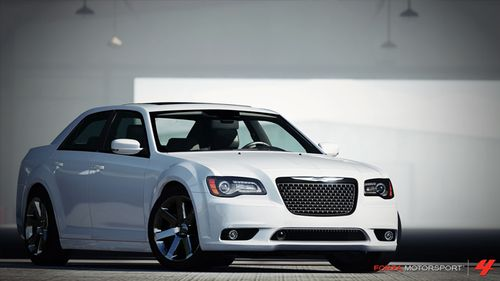2012_Chrysler_300_SRT8